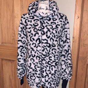 NWT M LLR Snow Leopard Teddy Bear Jacket